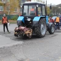 Фрезерування дорожнього покриття по вул.Лохвицькій