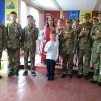 Учасники виховного заходу Слава незламним захисникам України