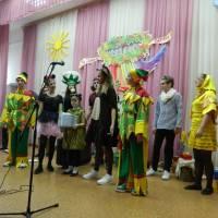 Виступ екологічного театру Гадяцької СШ І-ІІІ ст. № 2