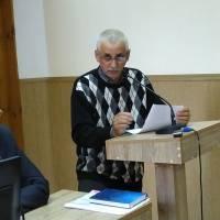Радник голови В.Толмачов доповідає проект рішення