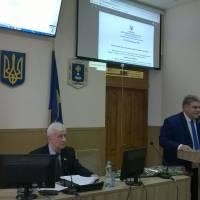 Голова РДА Ю.Коваленко вітає депутатів