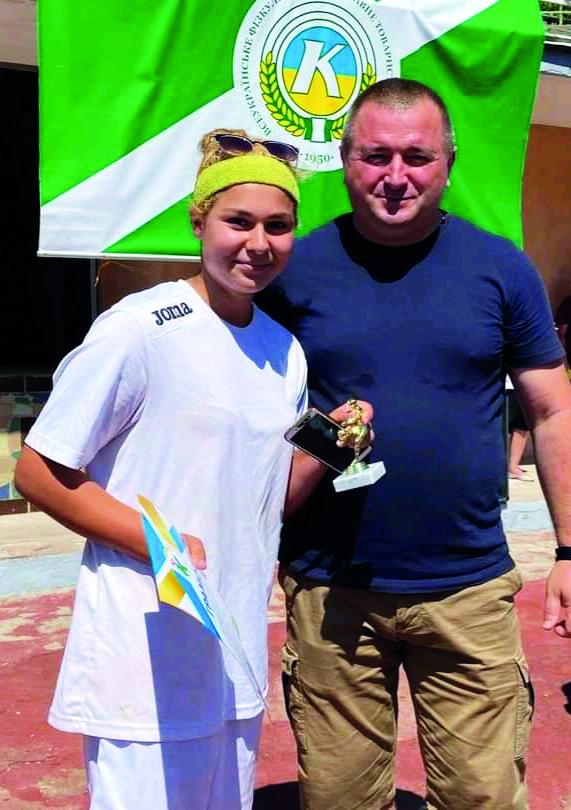 Футболістки з Кобеляк здобули бронзу на Всеукраїнських змаганнях з футболу   Oblnews - Новини Полтаської області