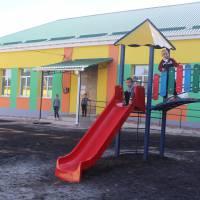 початкова школа в Лутовинівці