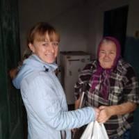 Вручення продуктових наборів мешканцям селища Котлине