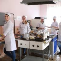 Виробниче навчання у кухарів