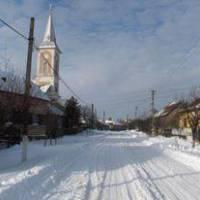 зима по головній вулиці