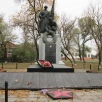 Пам'ятник загиблим воїнам с.Оболонь