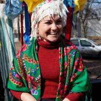 Марина Мамон  - активний учасник  святкових заходів громади