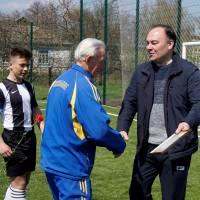 Віталій Дмитрович має багато нагород за високі досягнення на педагогічній ниві та у спорті