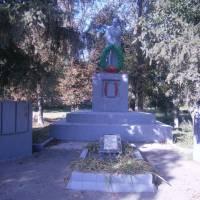 Пам'ятник воїнам, які загинули на фронтах Другої світової війни та при визволенні с. Весела Долина
