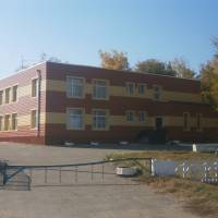 Приміщення школи та дитячого садка