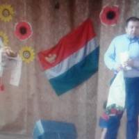 день села.вітає громаду депутат обласної ради Волинець О.Л.