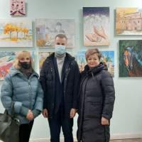 На відкритті виставки  картин
