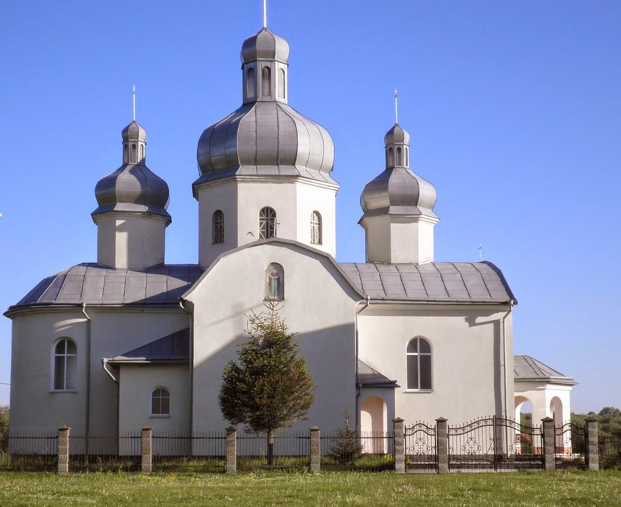 vitannia miskoho holovy Bohdana Yuzviaka iz khramovym sviatom Pokrov Presviatoi Bohorodytsi u seli Kruzhyky