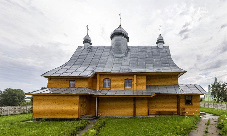 cerkva presvyatoi triyci 1672 Мала Білина