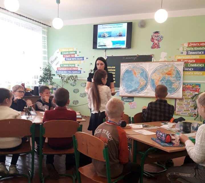 Novokalynivskyi opornyi zaklad vidkrytyi urok Iryna Prots