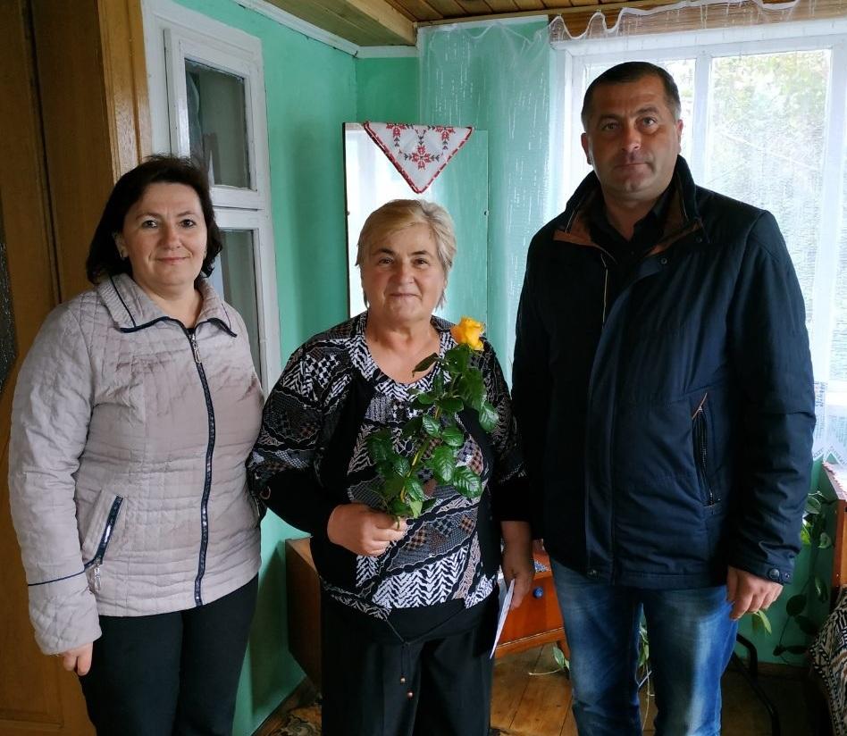 veteraniv osvitianskoi nyvy Novokalynivskoi OTH vitaly z profesiinym sviatom
