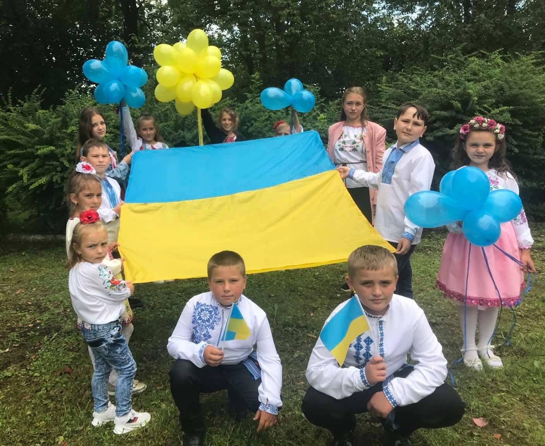 V NOVOKALYNIVSKII TH VIDBULYS ZAKhODY Z NAHODY SVIaTKUVANNIa DNIa PRAPORA UKRAINY