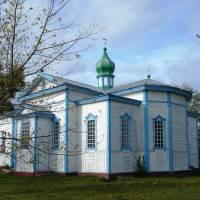 Козацька церква у селі Прохорівка Канівського району збудована у 1709 році без використання металевих цвяхів і скоб