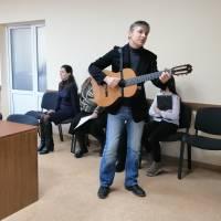 Андрій Прудніков з вітальною піснею
