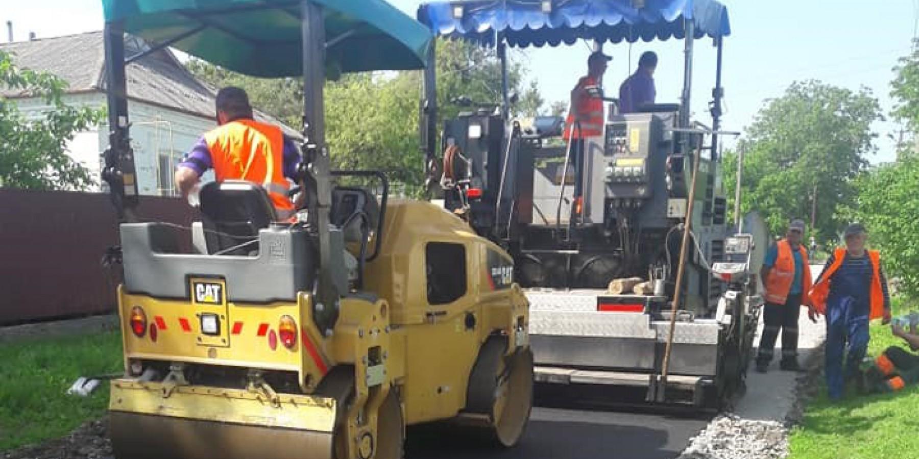22 червня розпочалися ремонтні роботи по вулиці Дружби в селі Ладижинка