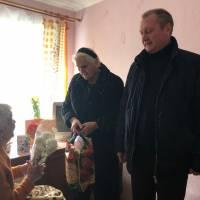 Секретар міської ради привітав з 95-річчям Ніну Семенівну Негру