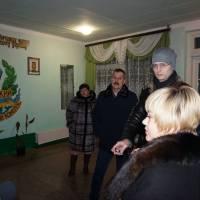 У холі Дацьківського НВК