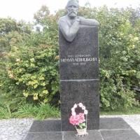 Пам'ятник І.С.Нечую-Левицькому в смт Стеблів