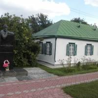 Літературно-меморіальний музей І.С.Нечуя-Левицького в смт Стеблів