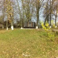 Відновлення пам'ятника ВВВ у с. Куликівка 1