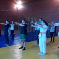 Школа самозахисту «Захистіть себе самі»