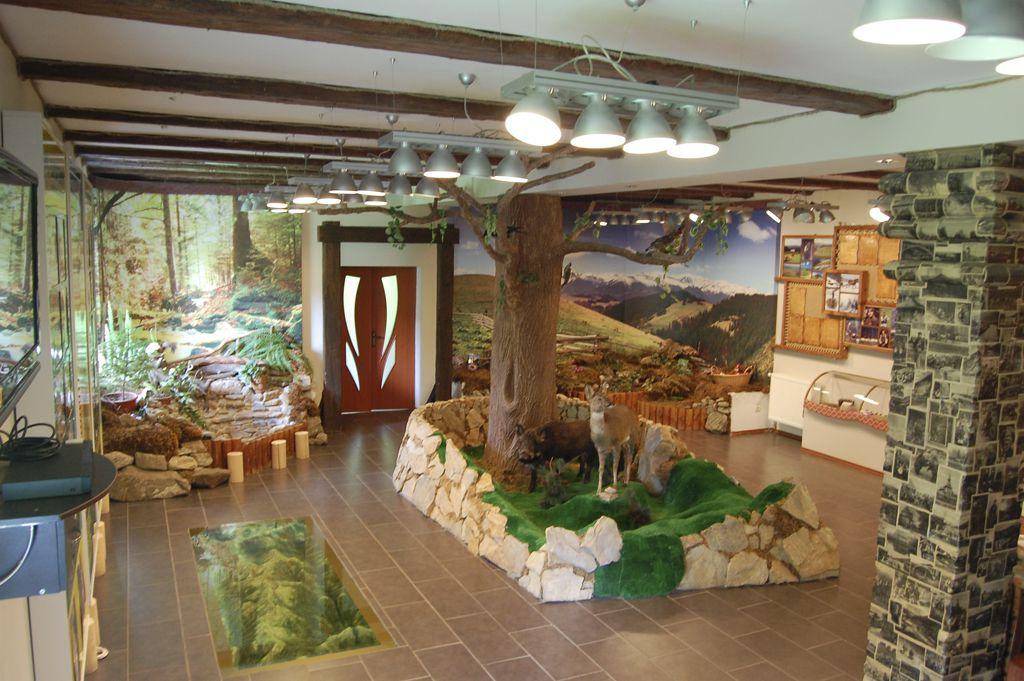 Екотуристичний візит-центр в м. Яремче
