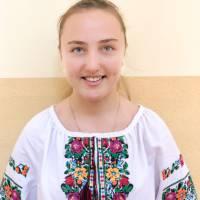 Дарина Ківеждій (10 клас, уч. О.В. Ківеждій) - українська мова та література