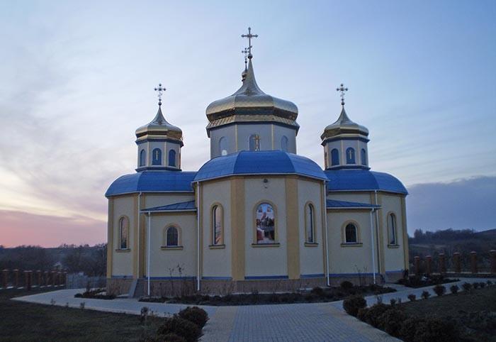 Успенська церква Млієва