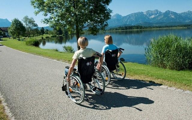 Понад 7 тис. осіб з інвалідністю отримали санаторно-курортне лікування за кошти Фонду