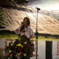 солістка Келебердянського  будинку культури Анна Герман