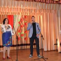 """Душевна пісня               """" Словонько""""- дарунок гостям від Ірини Слюсар та Володимира Арсеєнка"""