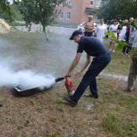 Навчання по використанню первинних засобів пожежогасіння