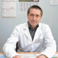ШИМОНКО Роман Олександрович – лікар загальної практики, сімейний лікар.