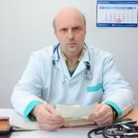 ХАРИТОНЧИК Руслан Васильович – лікар загальної практики, сімейний.