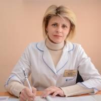 ЯСІНСЬКА Світлана Валеріївна – лікар загальної практики, сімейний лікар.
