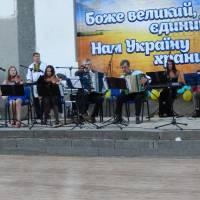 Вітають викладачі Клесівської дитячої музичної школи