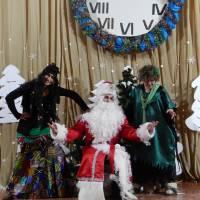 Новорічна казка у Клесівському МБК