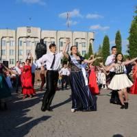 Танець випускників Шумського ліцею