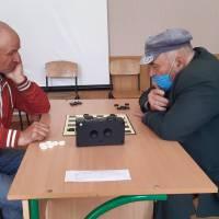 Грають О. Самородов (зліва) та М. Аліпов (справа)