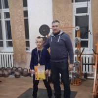 Кирило Канівець - Чемпіон з гирьового спорту громади серед юнаків 2021 року