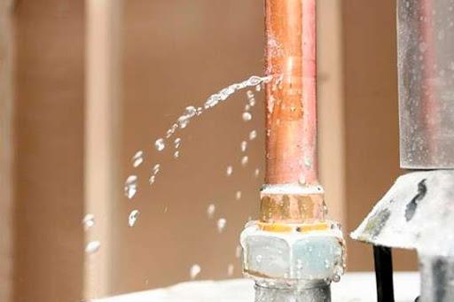 течь воды